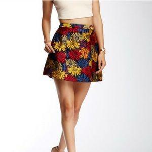 Alice + OliviaLoran Structured Lantern Skirt